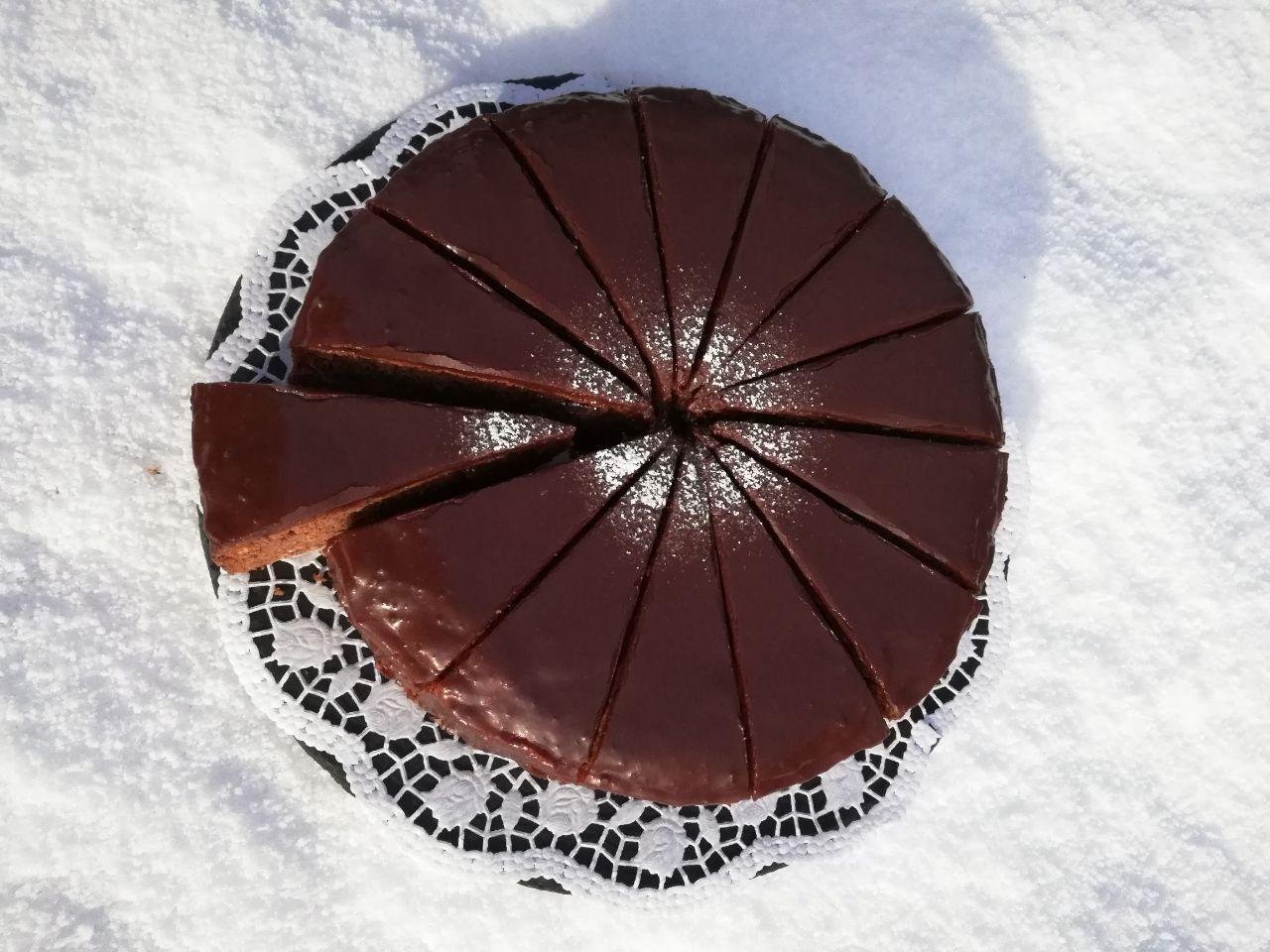 Schokoladen-Nuss Torte